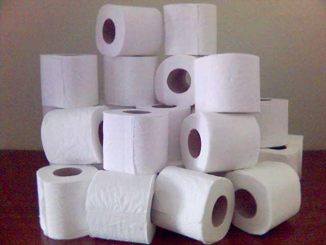 abito da sposa carta igienica