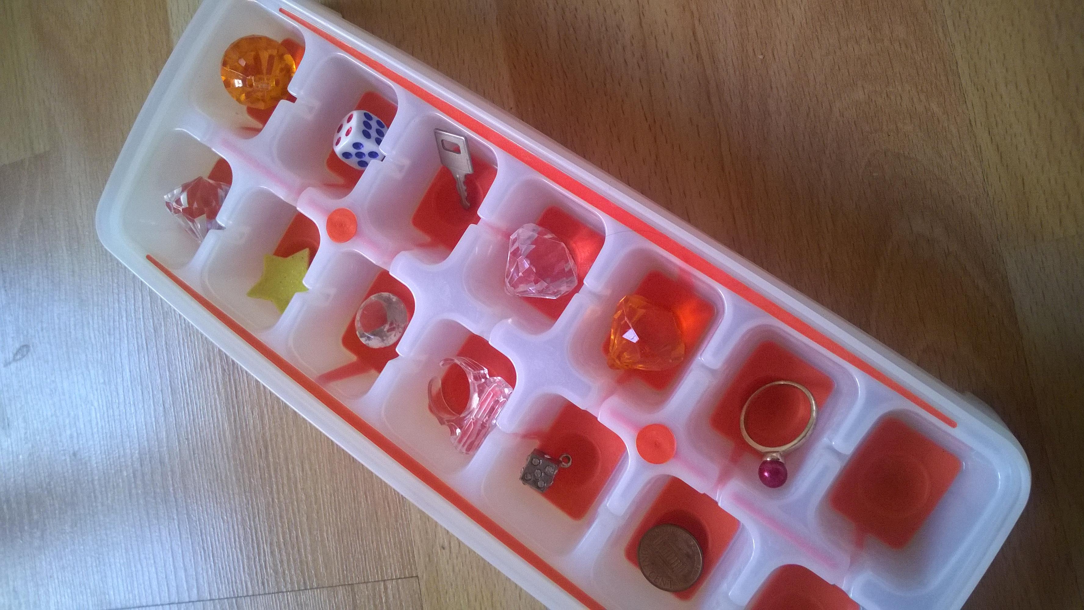 Gioco con il ghiaccio per addio al nubilato